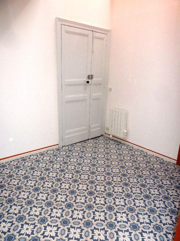 Appartement à louer 4 120m2 à Cournonterral vignette-9