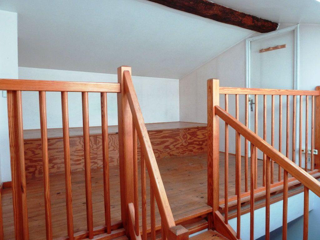 Appartement à louer 4 120m2 à Cournonterral vignette-11