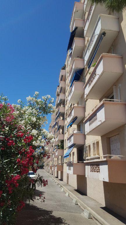 Appartement à louer 4 71m2 à Montpellier vignette-1