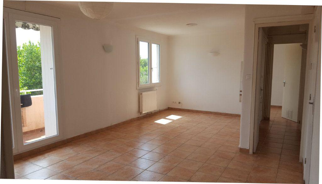 Appartement à louer 4 71m2 à Montpellier vignette-2