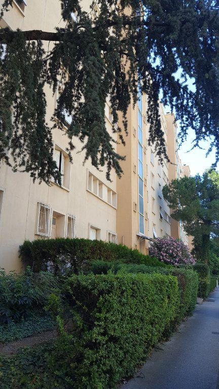 Appartement à louer 4 71m2 à Montpellier vignette-9