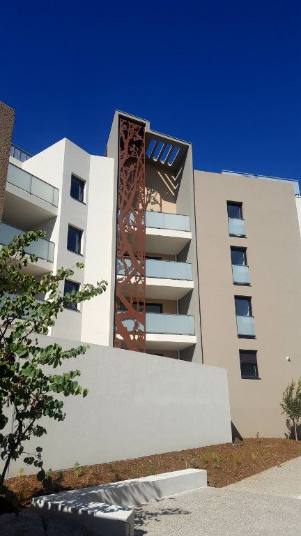 Appartement à louer 3 67.2m2 à Saint-Jean-de-Védas vignette-3