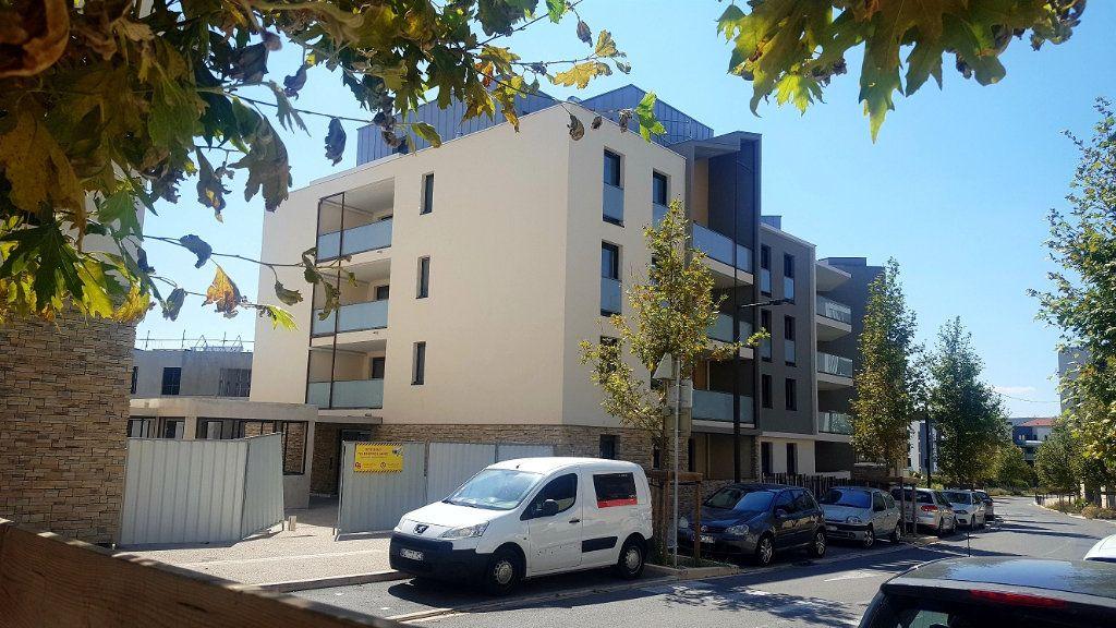 Appartement à louer 3 67.2m2 à Saint-Jean-de-Védas vignette-10