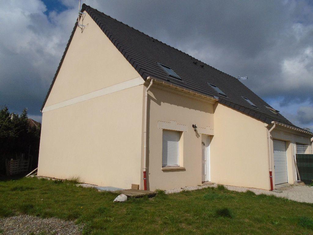 Maison à louer 4 95m2 à Tergnier vignette-1