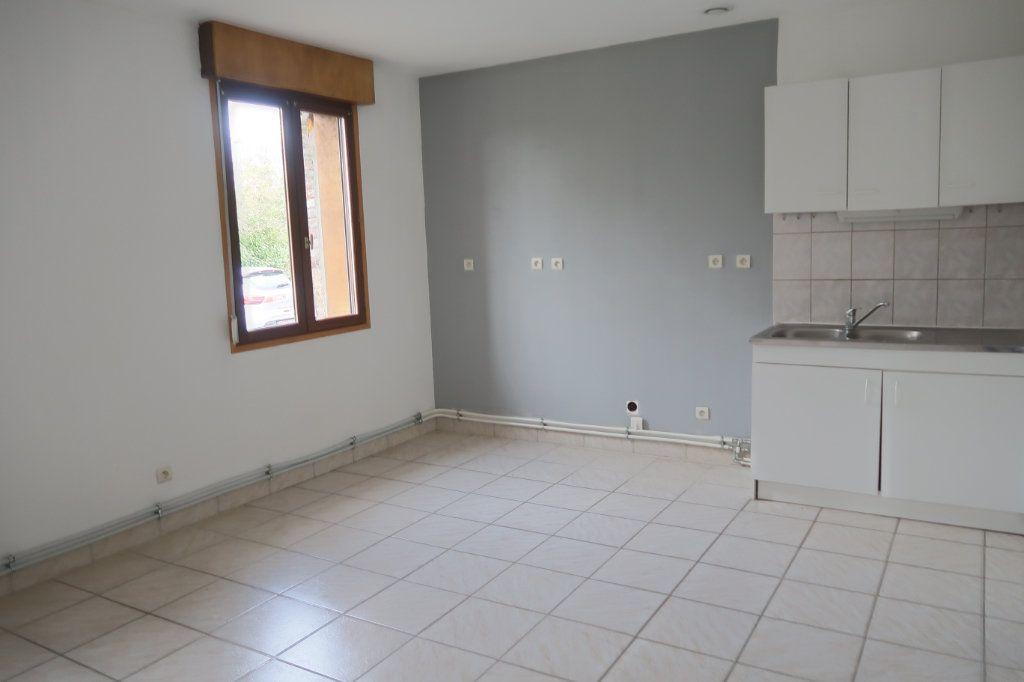 Appartement à louer 4 108.53m2 à Danizy vignette-2