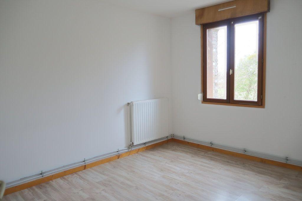 Appartement à louer 4 108.53m2 à Danizy vignette-4