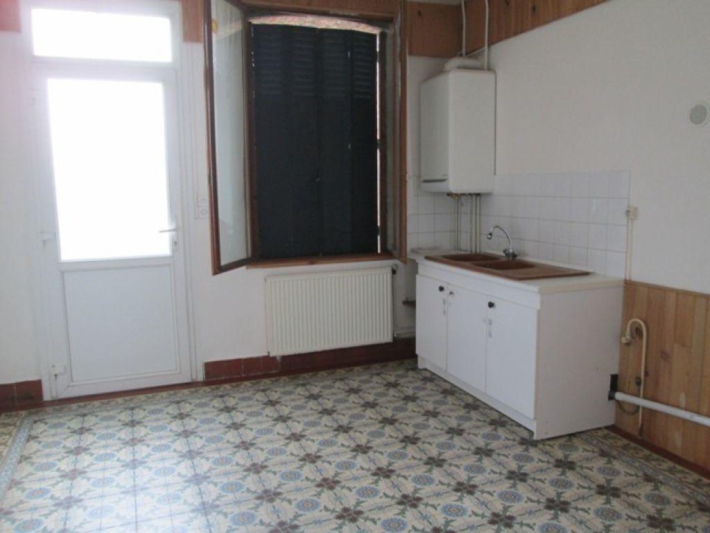Maison à louer 5 110.01m2 à Tergnier vignette-4
