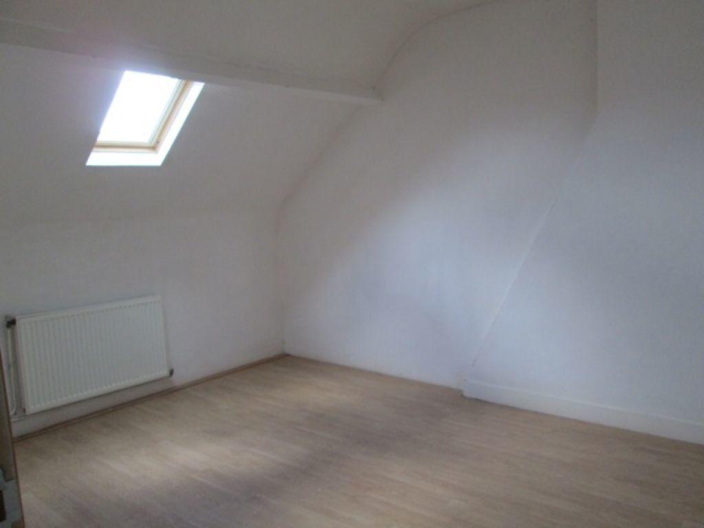 Maison à louer 5 110.01m2 à Tergnier vignette-8