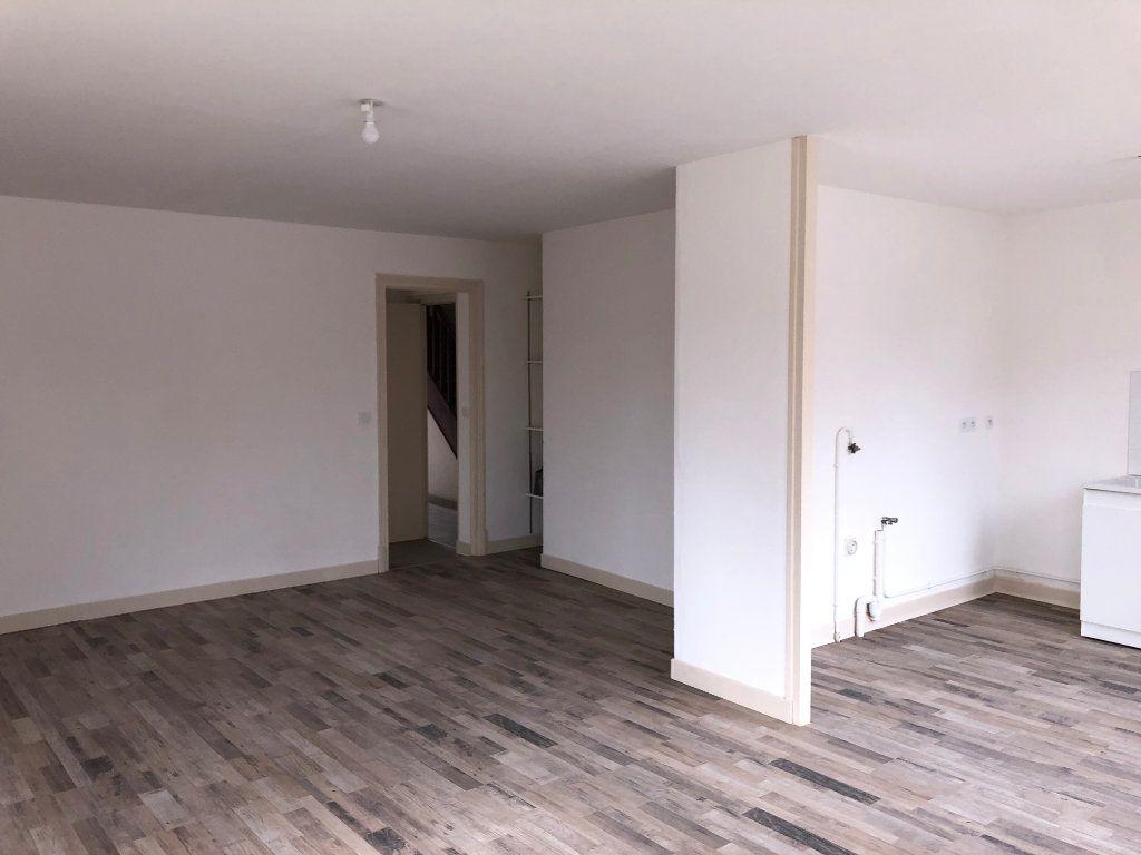 Appartement à louer 2 59.9m2 à Jussy vignette-2