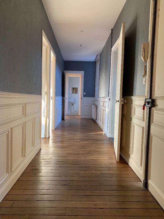 Appartement à louer 3 120m2 à Chauny vignette-6