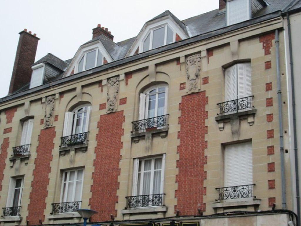 Appartement à louer 3 120m2 à Chauny vignette-11