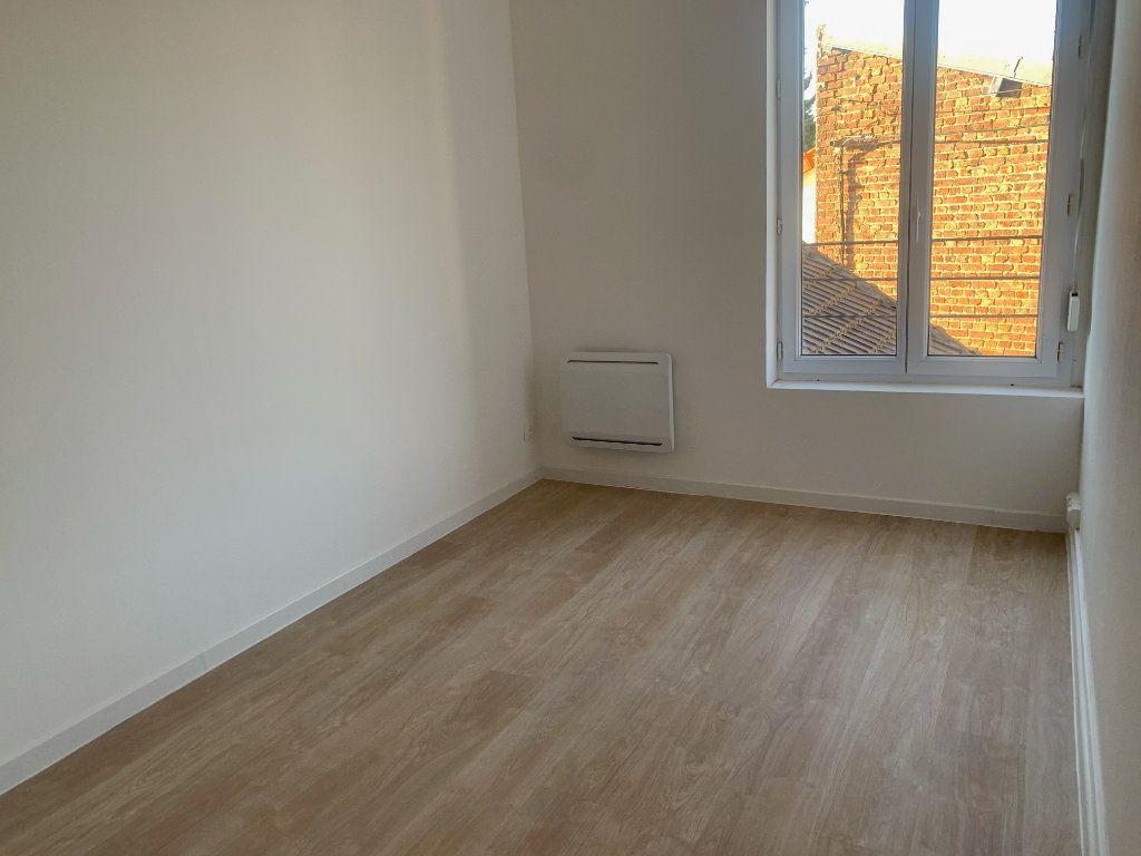 Appartement à louer 3 63.75m2 à Tergnier vignette-5