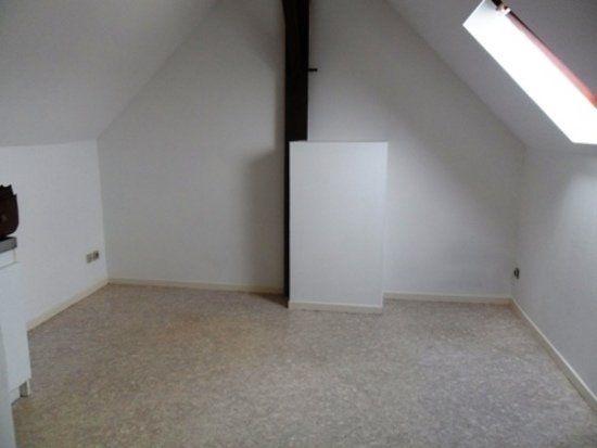 Appartement à louer 1 15.21m2 à Chauny vignette-1