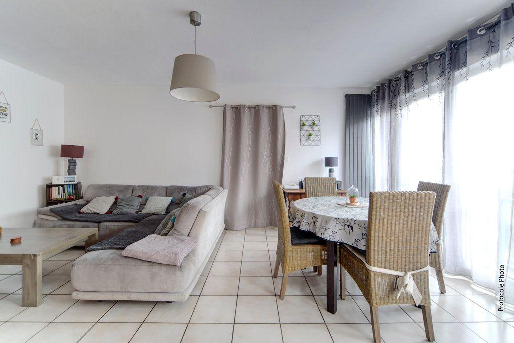 Appartement à vendre 4 79.46m2 à Toulouse vignette-2
