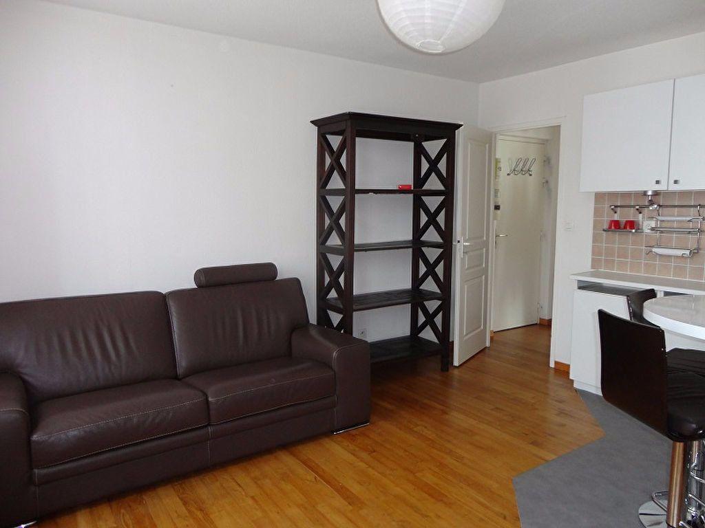 Appartement à louer 2 32.24m2 à Toulouse vignette-6