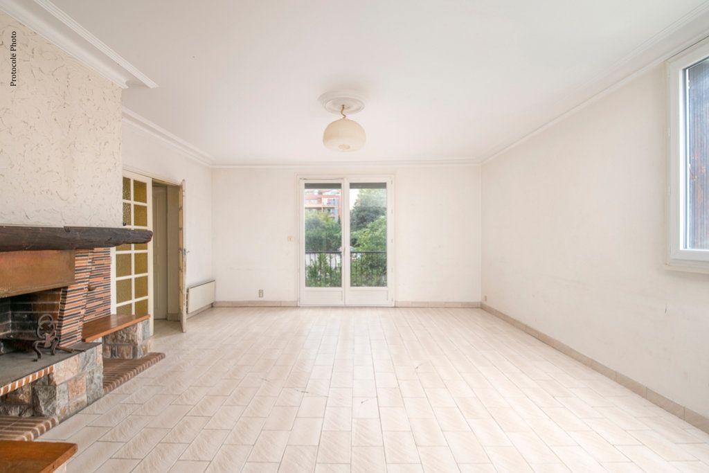 Appartement à vendre 5 127m2 à Toulouse vignette-2