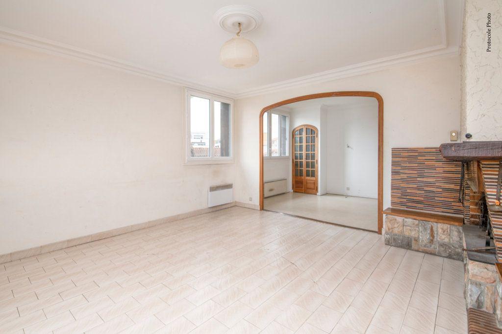 Appartement à vendre 5 127m2 à Toulouse vignette-3