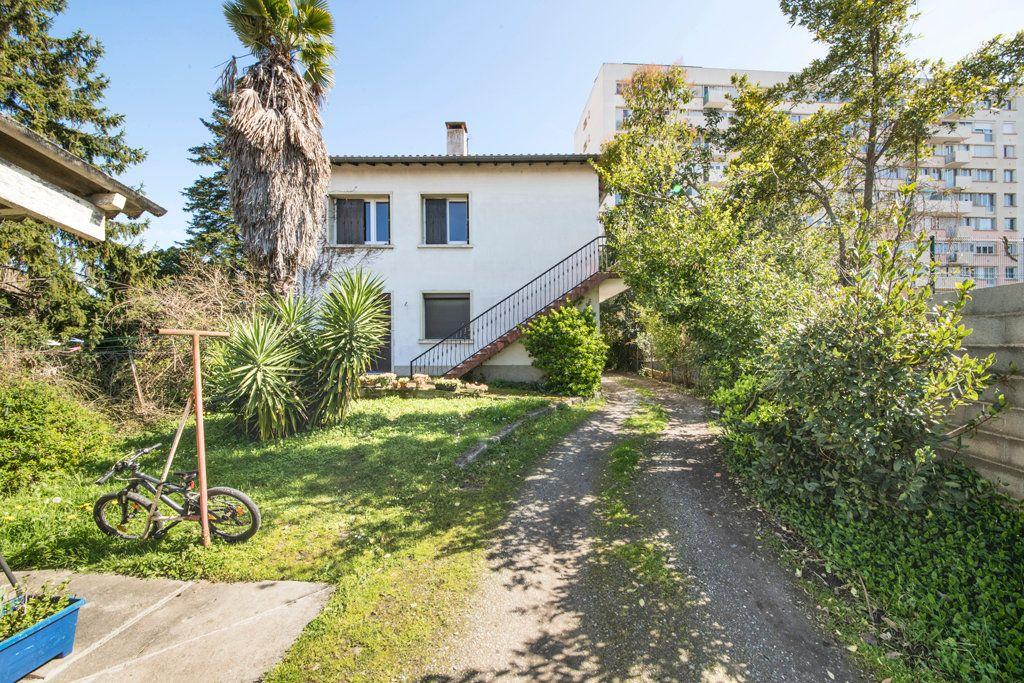 Appartement à vendre 5 127m2 à Toulouse vignette-8