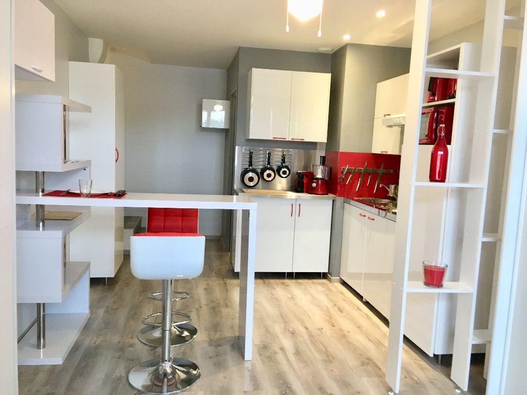 Appartement à louer 1 26m2 à Toulouse vignette-7