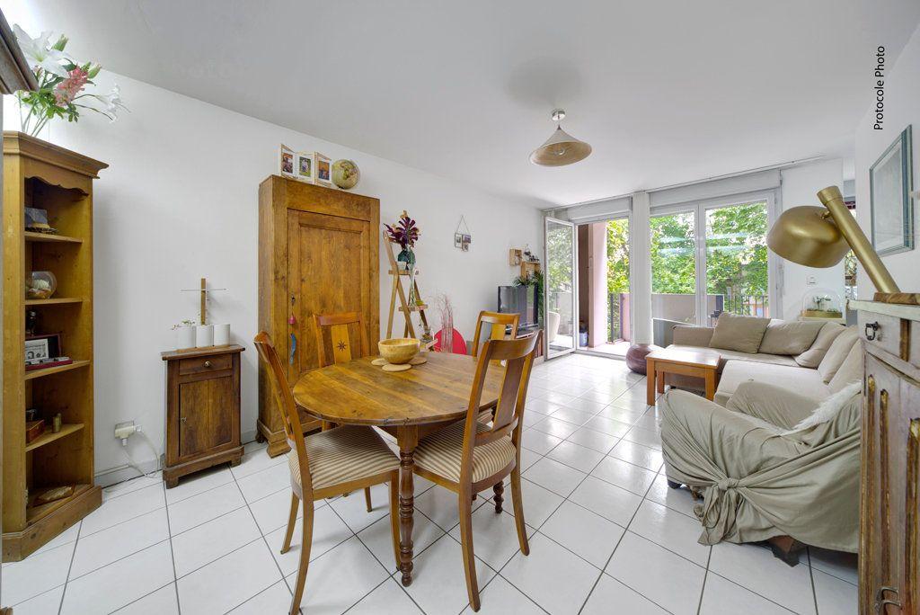 Appartement à vendre 3 72.94m2 à Toulouse vignette-3