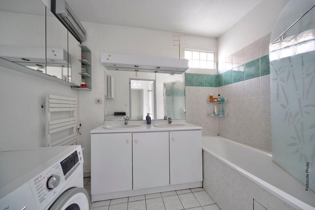 Appartement à vendre 3 72.94m2 à Toulouse vignette-9