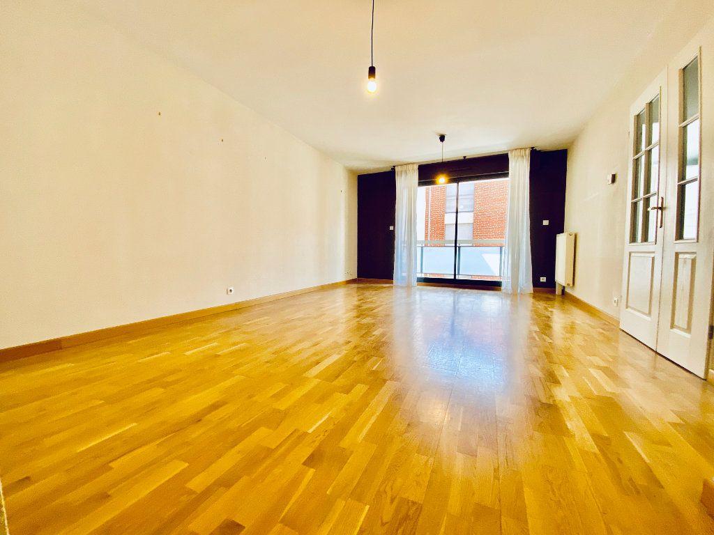 Appartement à vendre 4 78.25m2 à Toulouse vignette-3