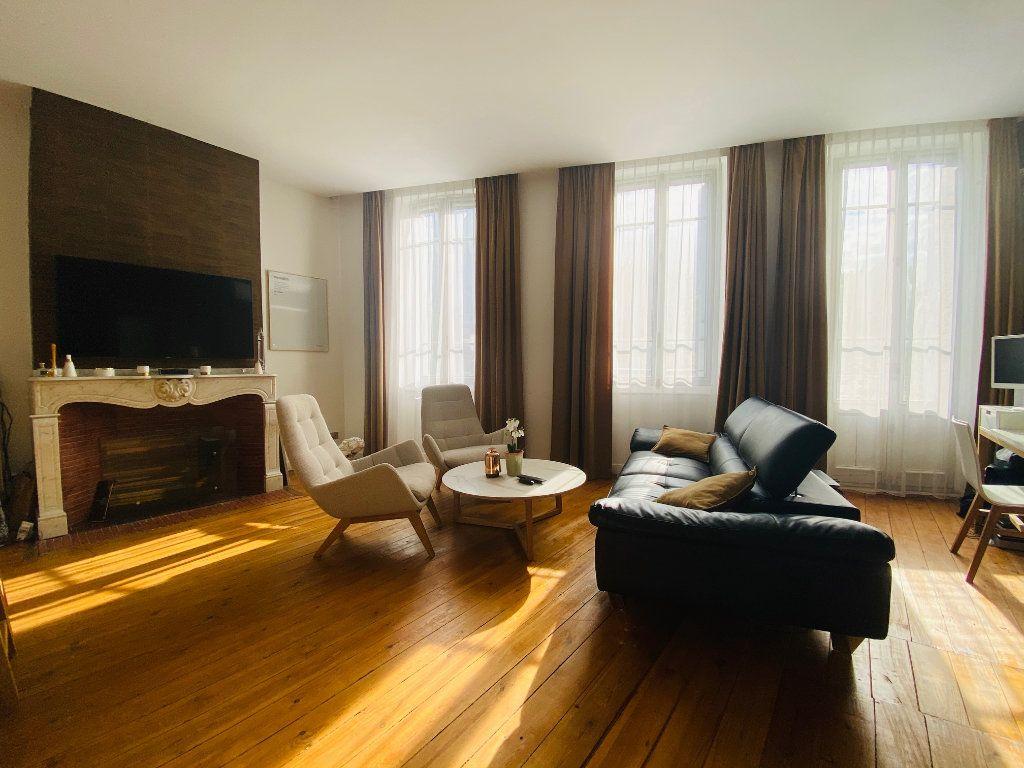Appartement à vendre 3 68.22m2 à Toulouse vignette-3