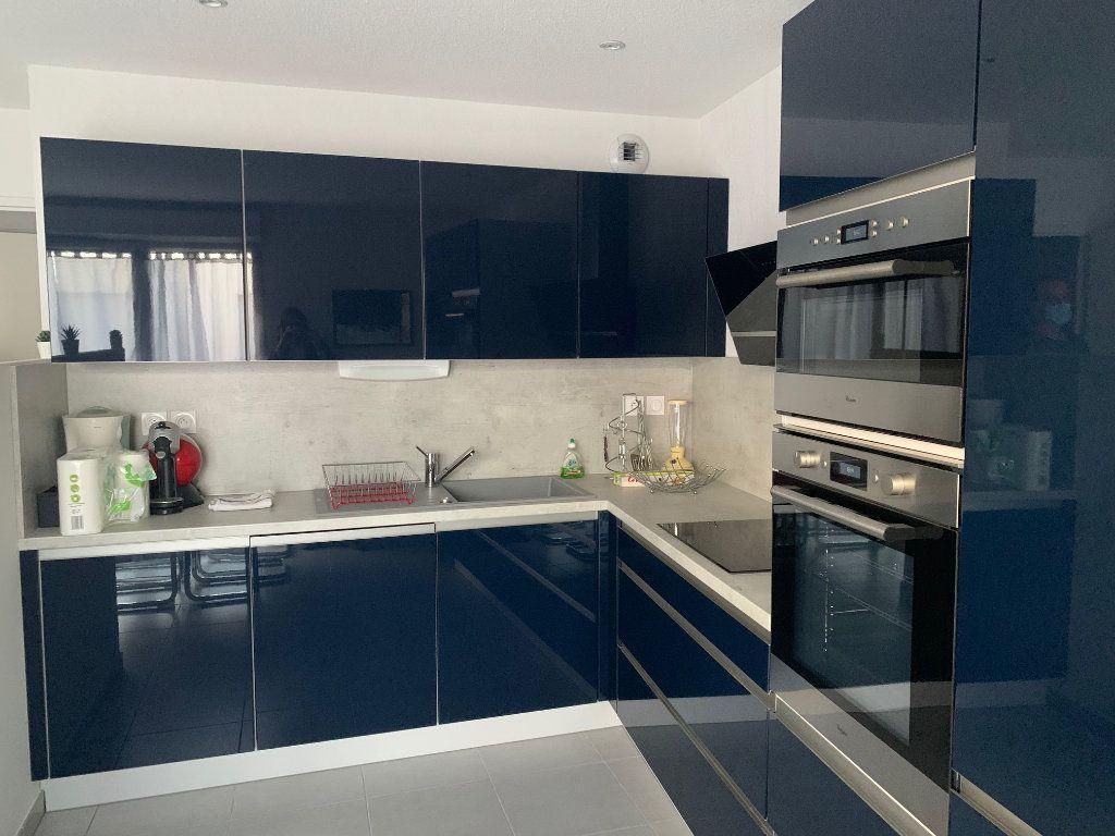 Appartement à vendre 3 56m2 à Toulouse vignette-4