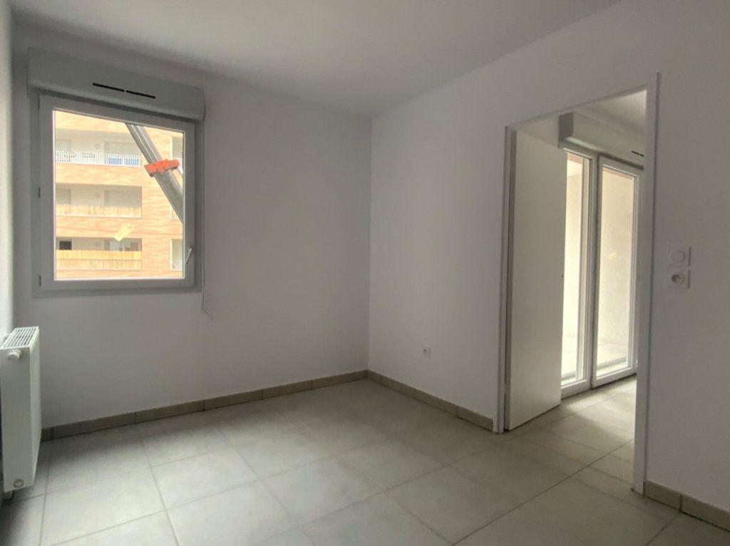 Appartement à vendre 3 57m2 à Toulouse vignette-3