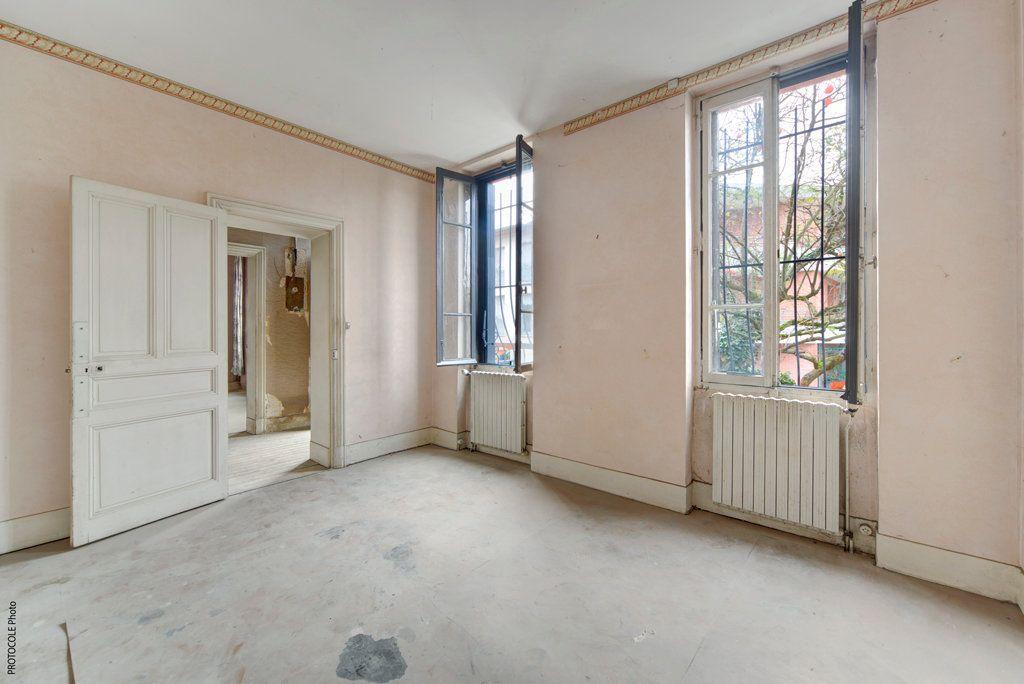 Appartement à vendre 5 126.91m2 à Toulouse vignette-4