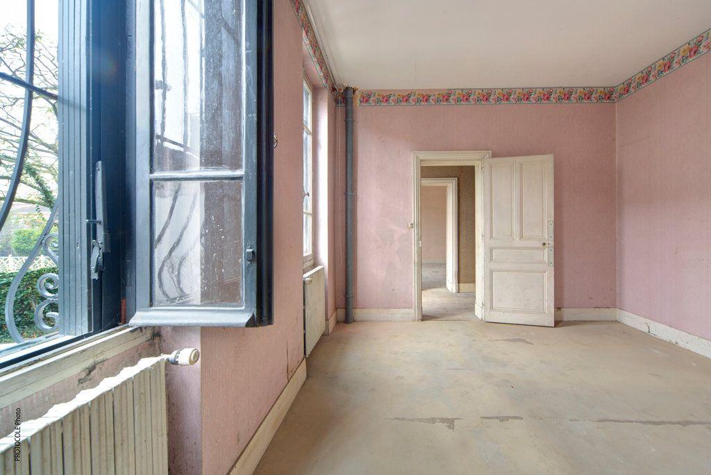 Appartement à vendre 5 126.91m2 à Toulouse vignette-6