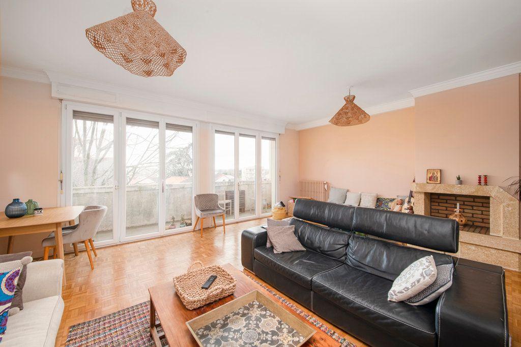Appartement à vendre 3 101m2 à Toulouse vignette-2