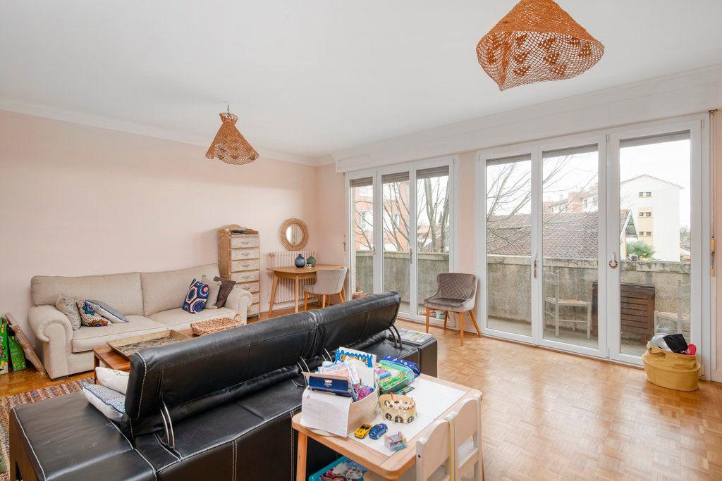 Appartement à vendre 3 101m2 à Toulouse vignette-4