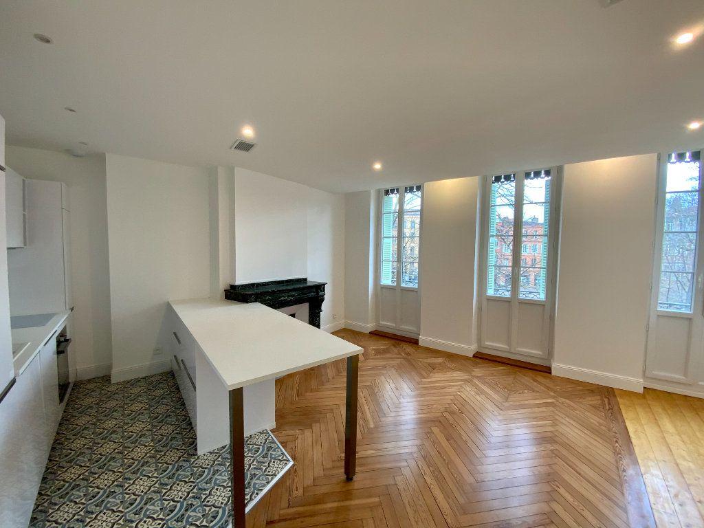 Appartement à vendre 2 58m2 à Toulouse vignette-3