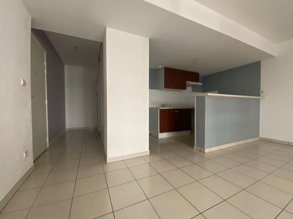 Appartement à vendre 3 60m2 à Colomiers vignette-3