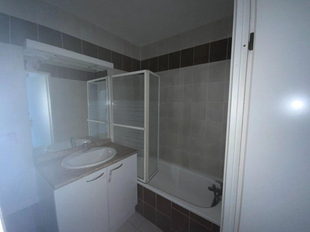 Appartement à vendre 3 60m2 à Colomiers vignette-10