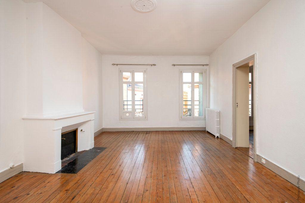 Appartement à vendre 4 113.95m2 à Toulouse vignette-1