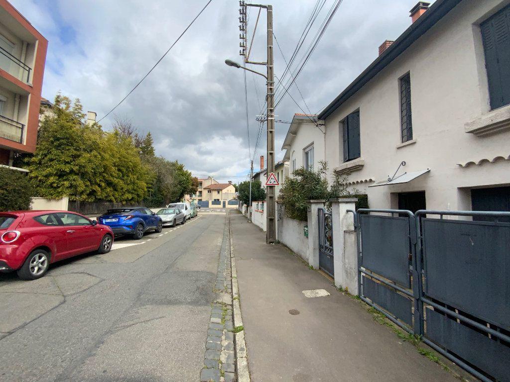 Appartement à vendre 4 400m2 à Toulouse vignette-10