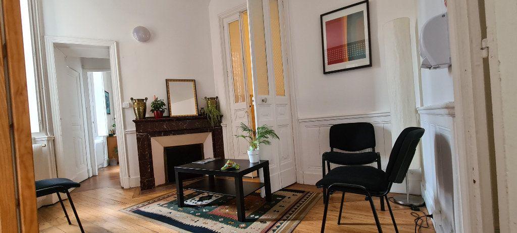 Appartement à vendre 4 106.7m2 à Toulouse vignette-4