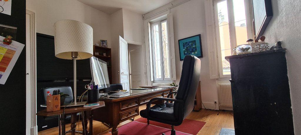 Appartement à vendre 4 106.7m2 à Toulouse vignette-7