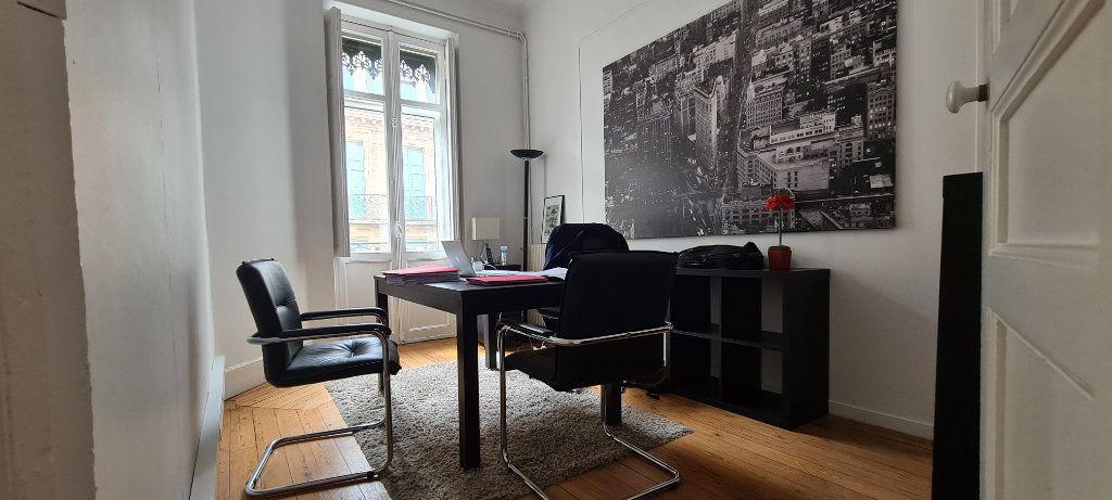 Appartement à vendre 4 106.7m2 à Toulouse vignette-10
