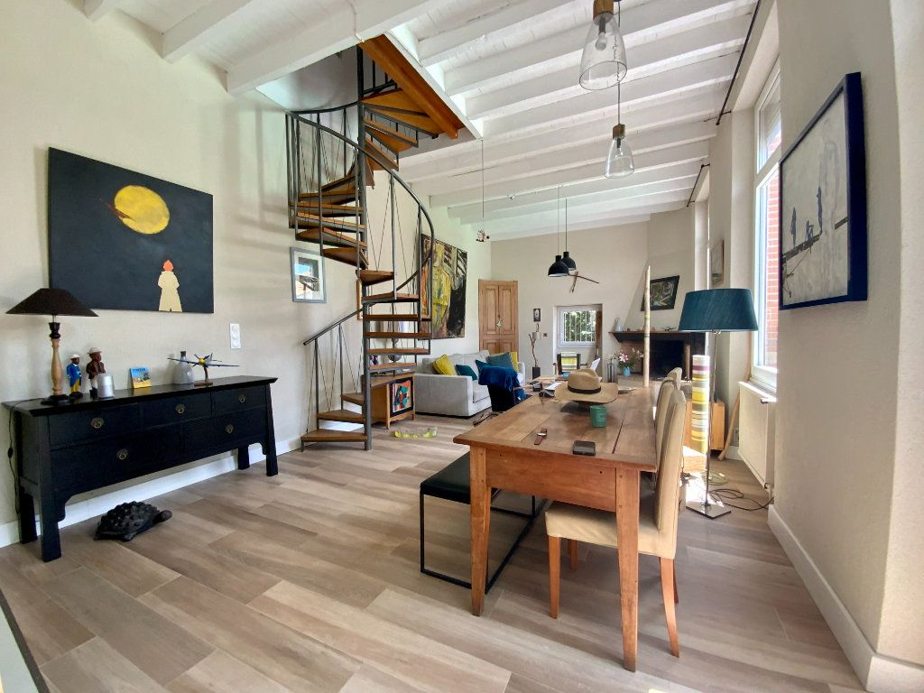 Maison à vendre 5 146m2 à Toulouse vignette-2