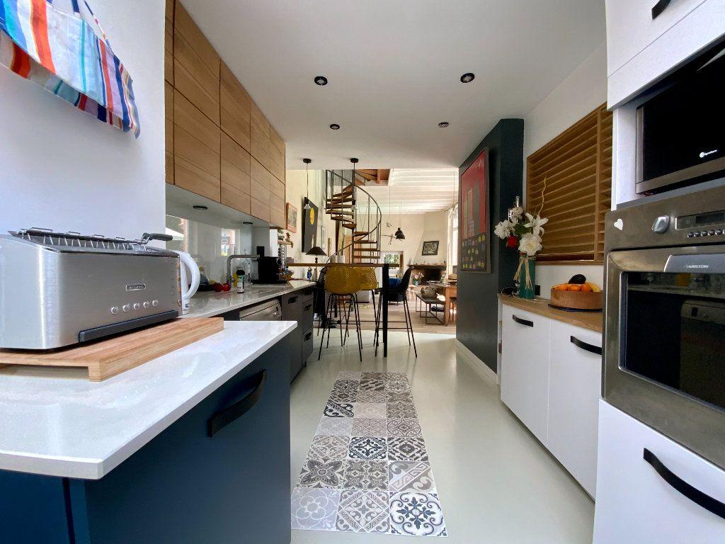 Maison à vendre 5 146m2 à Toulouse vignette-5
