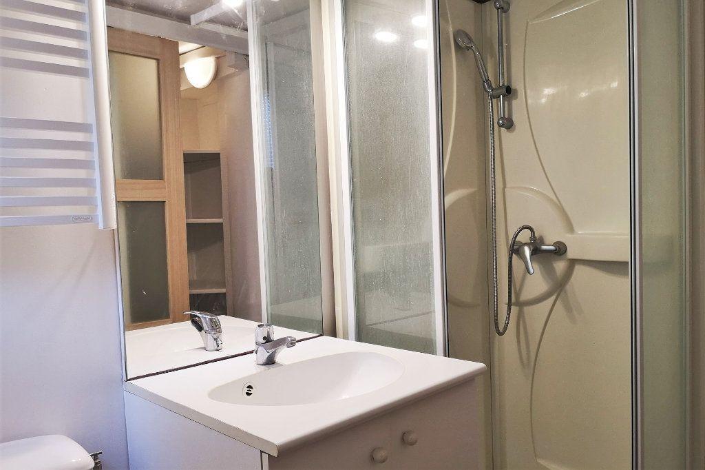 Appartement à louer 1 13m2 à Toulouse vignette-4