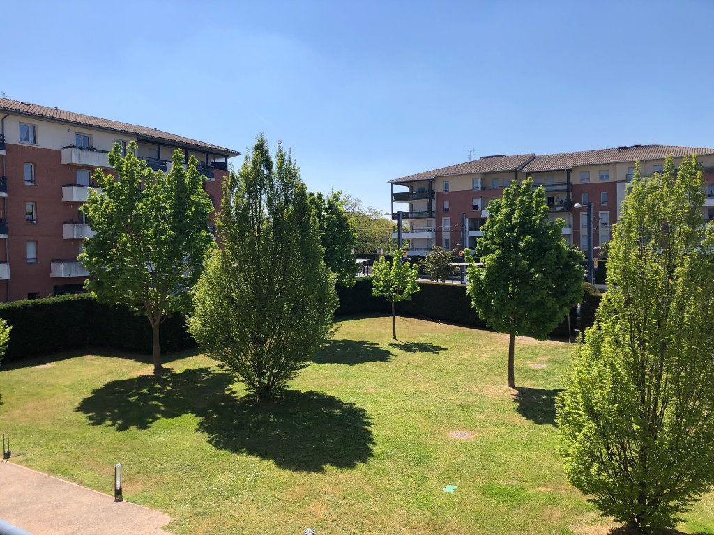 Appartement à vendre 3 61m2 à Toulouse vignette-3
