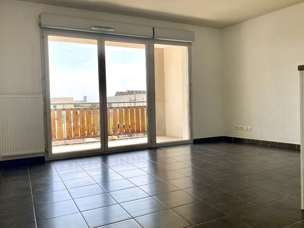 Appartement à vendre 3 58m2 à Toulouse vignette-3