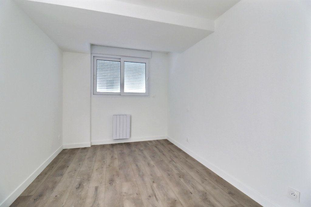 Appartement à vendre 2 32.84m2 à Toulouse vignette-3