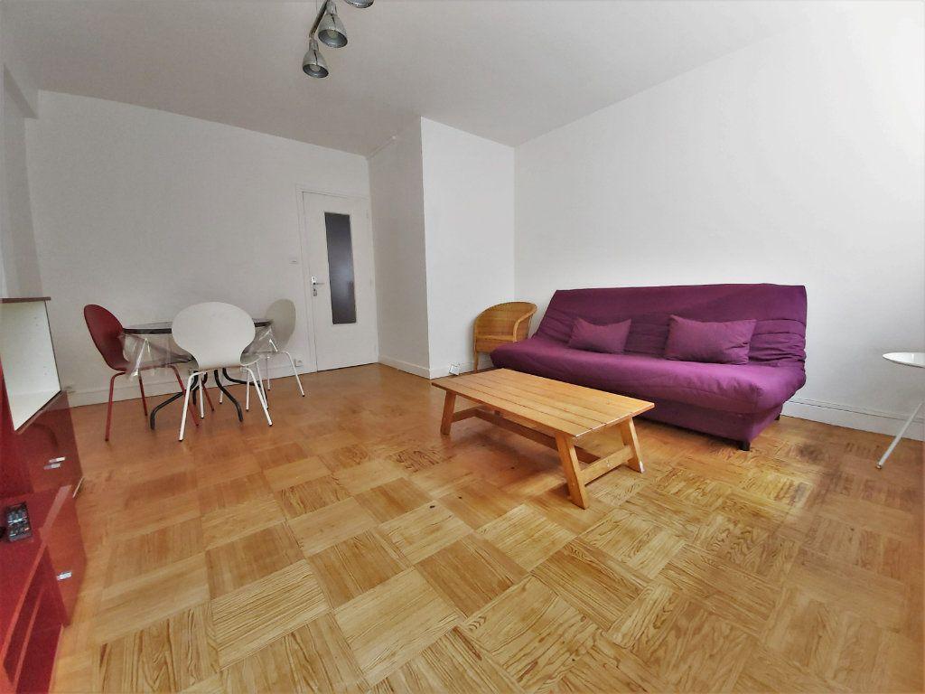 Appartement à louer 1 35.48m2 à Toulouse vignette-3