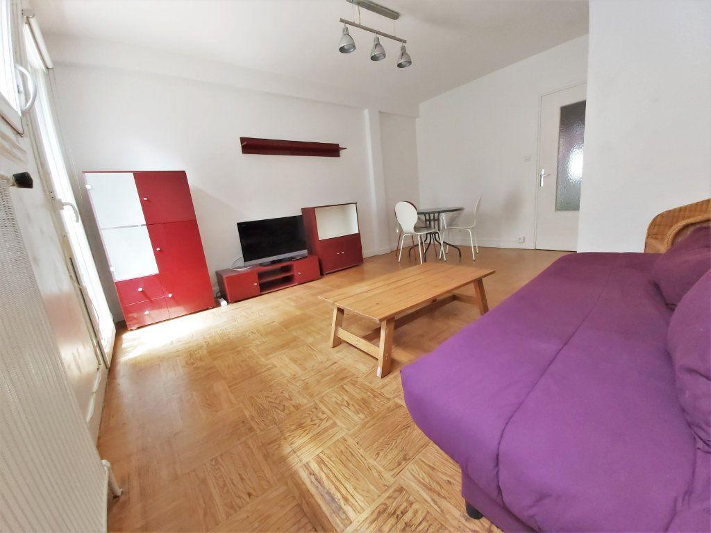 Appartement à louer 1 35.48m2 à Toulouse vignette-4