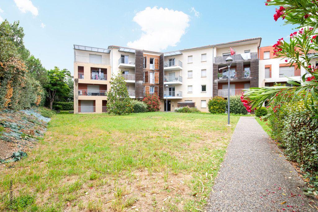 Appartement à vendre 3 65m2 à Toulouse vignette-1